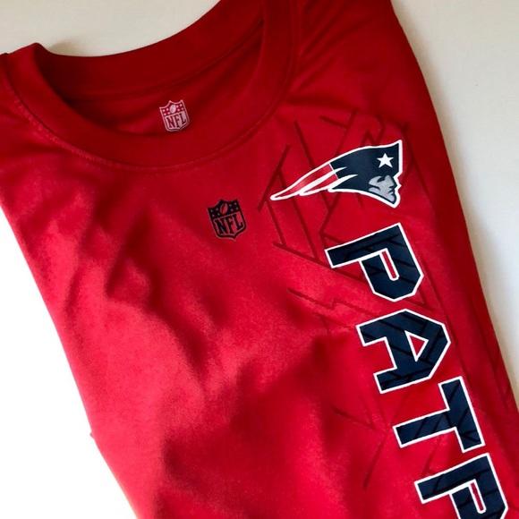 ace1987d3516f NFL New England Patriots Red Short Sleeve Tee. NFL.  M_5bca9433194dad24ab0119b6. M_5bca94349539f76dd440440a.  M_5bca9437de6f624192ca323c